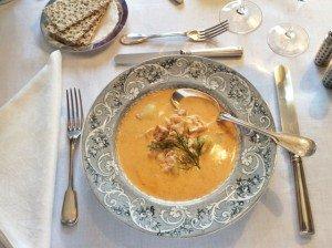 zuppa nel piatto